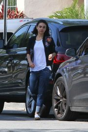 Mila Kunis Out and About in Los Angeles 2018/05/23 10