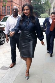 Mindy Kaling Out and About in London 2018/06/13 6