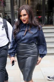 Mindy Kaling Out and About in London 2018/06/13 10