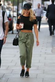 Mollie King Arrives at BBC Radio One in London 2018/07/13 4