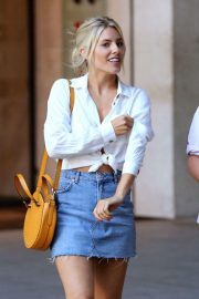 Mollie King in Jeans Out in London 2018/07/15 23