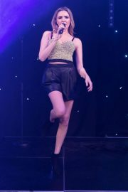 Nadine Coyle Performs at Manchester Pride Spring Benefit Charity Ball 2018/05/17 4