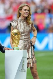 Natalia Vodianova at 2018 FIFA World Cup Final in Moscow 2018/07/15 2