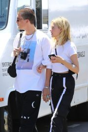 Nicola Peltz Out and About in Los Angeles 2018/07/22 3