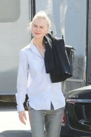 Nicole Kidman Out in Sausalito 2018/05/20 9