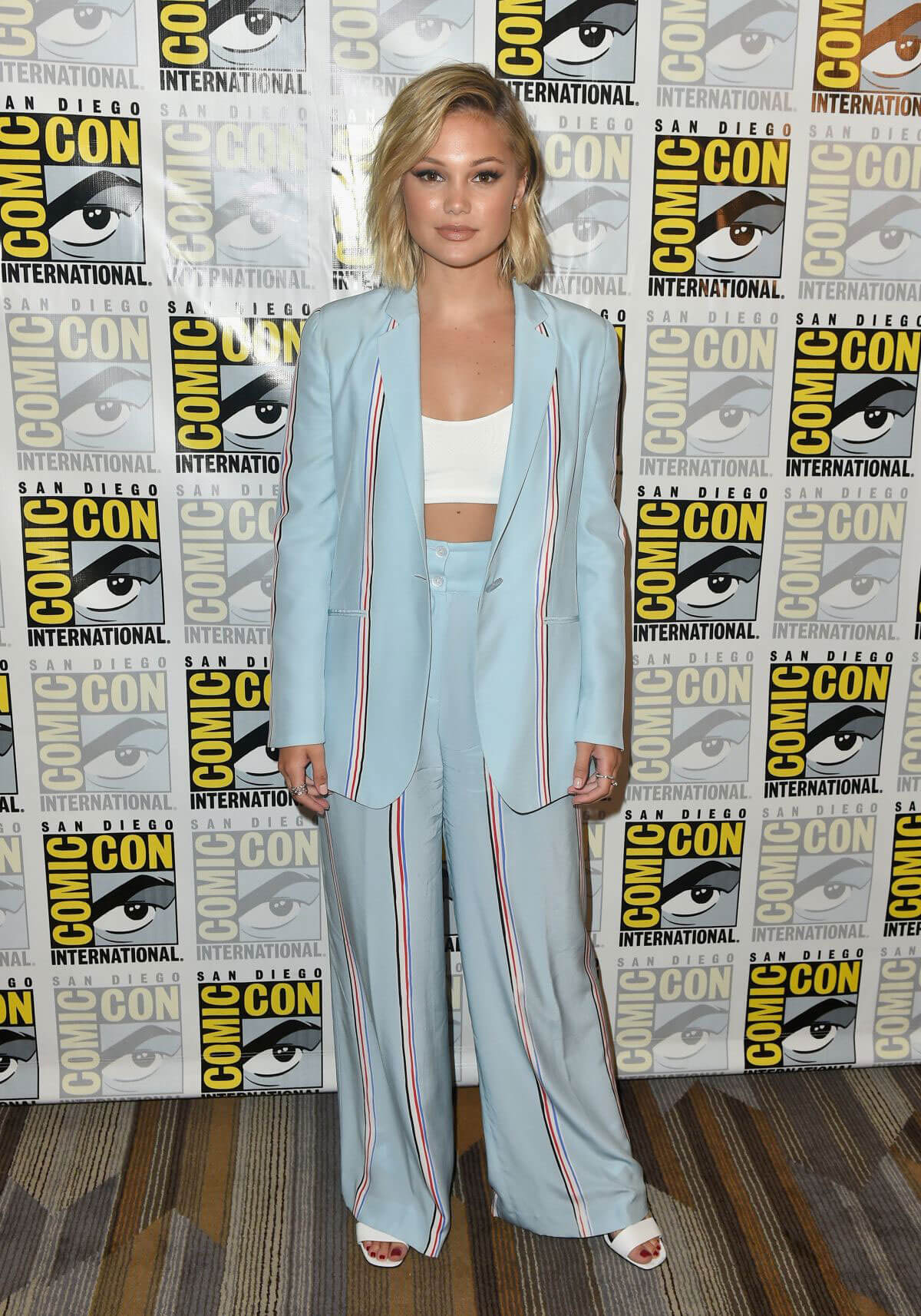 Olivia Holt at Cloak & Dagger Press Line at Comic-con in San Diego 2018/07/21 1