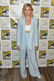 Olivia Holt at Cloak & Dagger Press Line at Comic-con in San Diego 2018/07/21 4