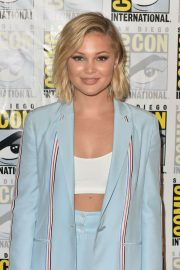 Olivia Holt at Cloak & Dagger Press Line at Comic-con in San Diego 2018/07/21 7