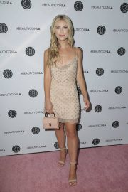 Paige Lorentzen at Los Angeles Beautycon Festival 2018/07/14 7
