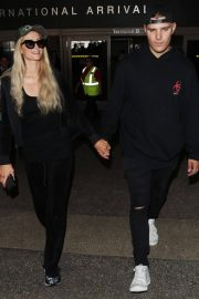 Paris Hilton and Chris Zylka at LAX Airport in Los Angeles 2018/07/27 13