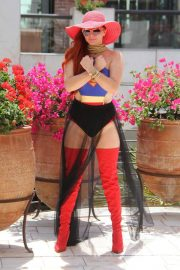 Phoebe Price in Superwoman Costume Out in Beverly Hills 2018/07/16 3