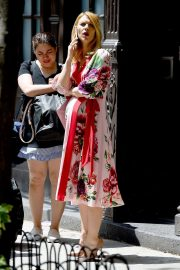 Pregnant Claire Danes Out in New York 2018/05/20 5