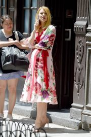 Pregnant Claire Danes Out in New York 2018/05/20 6