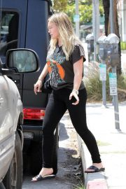 Pregnant Hilary Duff Leaves NK Shop in Los Angeles 2018/06/29 4