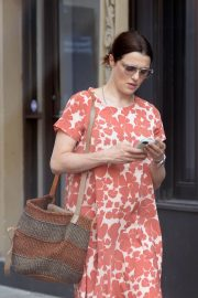 Pregnant Rachel Weisz Out in New York 2018/05/15 3