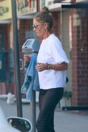 Rebecca Gayheart Leaves a Nail Salon in Beverly Hills 2018/06/01 1