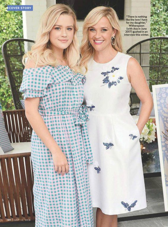 Reese Witherspoon and Ava Phillippe in US Weekly, July 2018 1