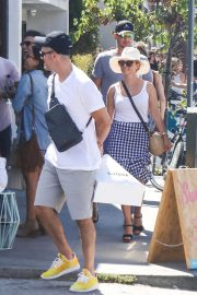 Reese Witherspoon and Jim Toth Out in Venice Beach 2018/07/22 13