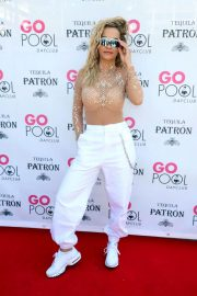 Rita Ora Performs at Flamingo Go Pool in Las Vegas 2018/07/13 4