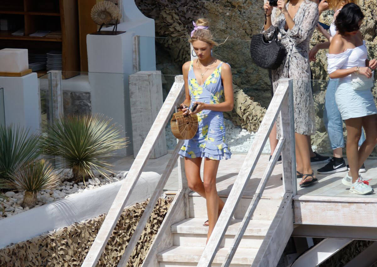 Romee Strijd Out for Lunch at Amante Beach Club in Ibiza 2018/06/29 1