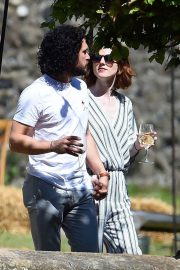 Rose Leslie and Kit Harington Out in Aberdeen 2018/06/24 1