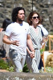 Rose Leslie and Kit Harington Out in Aberdeen 2018/06/24 6