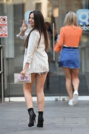 Rosie Williams in Denim Shorts Out in London 2018/06/28 8