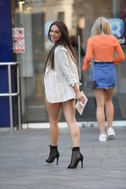 Rosie Williams in Denim Shorts Out in London 2018/06/28 9