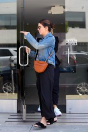 Sandra Bullock Out for Lunch in Los Angeles 2018/06/19 1