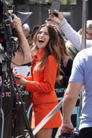 Sarah Shahi on the Set of Extra in Los Angeles 2018/05/29 2