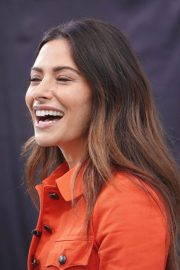 Sarah Shahi on the Set of Extra in Los Angeles 2018/05/29 9