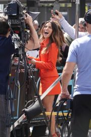 Sarah Shahi on the Set of Extra in Los Angeles 2018/05/29 11