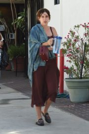 Scout LaRue Willis Gets a Parking Ticket in Los Angeles 2018/07/12 4