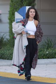 Selena Gomez, VANESSA HUDGENS and Austin Butler Out in Los Angeles 2018/07/13 3