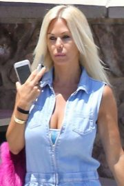 Shauna Sand Out and About in Malibu 2018/05/26 1