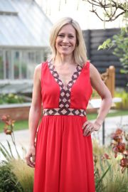 Sophie Raworth at Chelsea Flower Show in London 2018/05/21 4