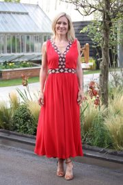 Sophie Raworth at Chelsea Flower Show in London 2018/05/21 6