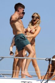 Stephanie Pratt in Bikini on a Yacht in Formentera 2018/07/28 20