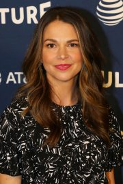 Sutton Foster at Vulture Festival in New York 2018/05/19 10