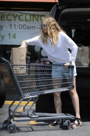 Teresa Palmer Out Shopping in Los Angeles 2018/07/21 3