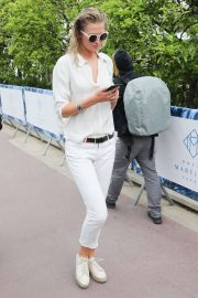 Toni Garrn Out and About in Cannes 2018/05/16 6