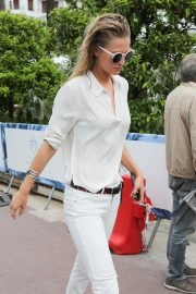 Toni Garrn Out and About in Cannes 2018/05/16 9