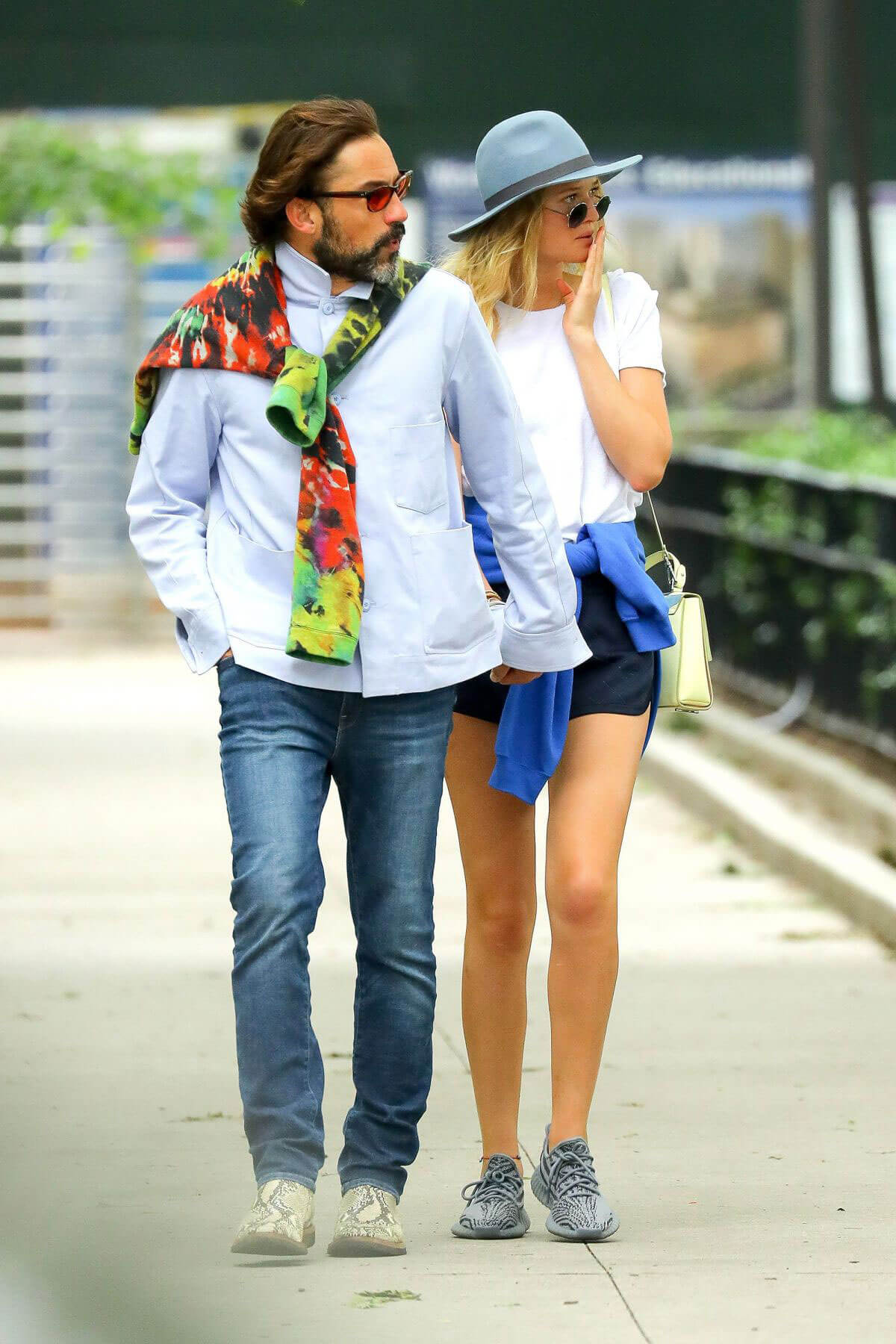 pictures Toni garrn out and about in new york
