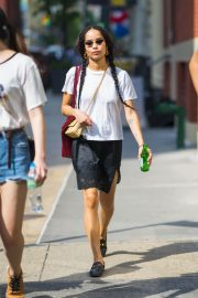 Zoe Kravitz Out and About in New York 2018/05/26 3