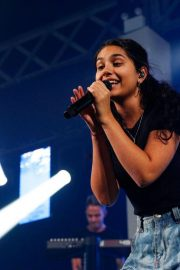 Alessia Cara Performs at Move in the City at Moore Park in Sydney 2018/08/18 7