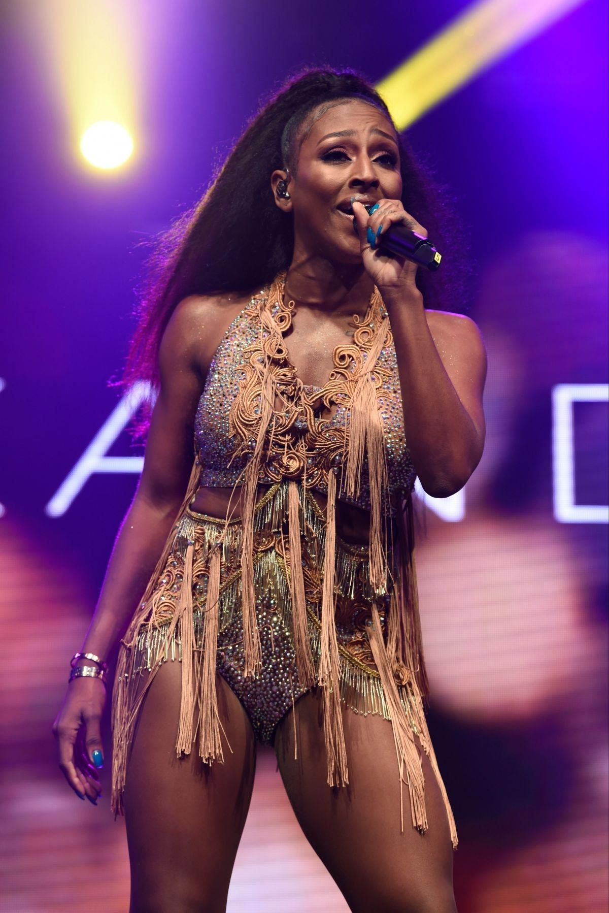 Alexandra Burke Performs at Pride in Manchester 2018/08/27 1