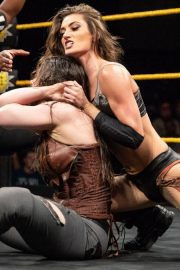 Amber Nova vs. Nikki Cross - WWE NXT 2018/08/08 4