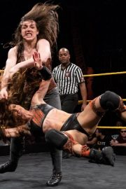Amber Nova vs. Nikki Cross - WWE NXT 2018/08/08 7