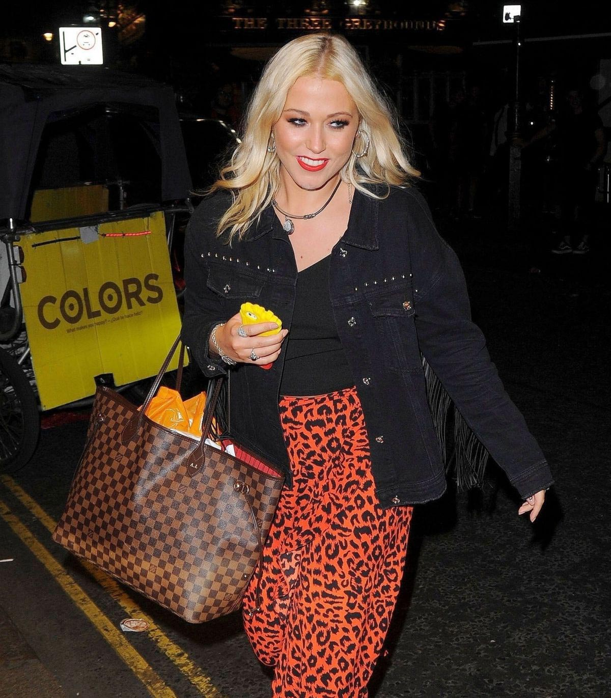 Amelia Lily Night Out in London 2018/08/14 1