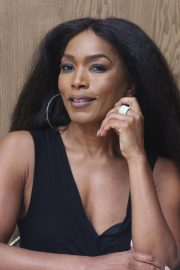 Angela Bassett 9-1-1 Press Conference in Beverly Hills 2018/08/05 3